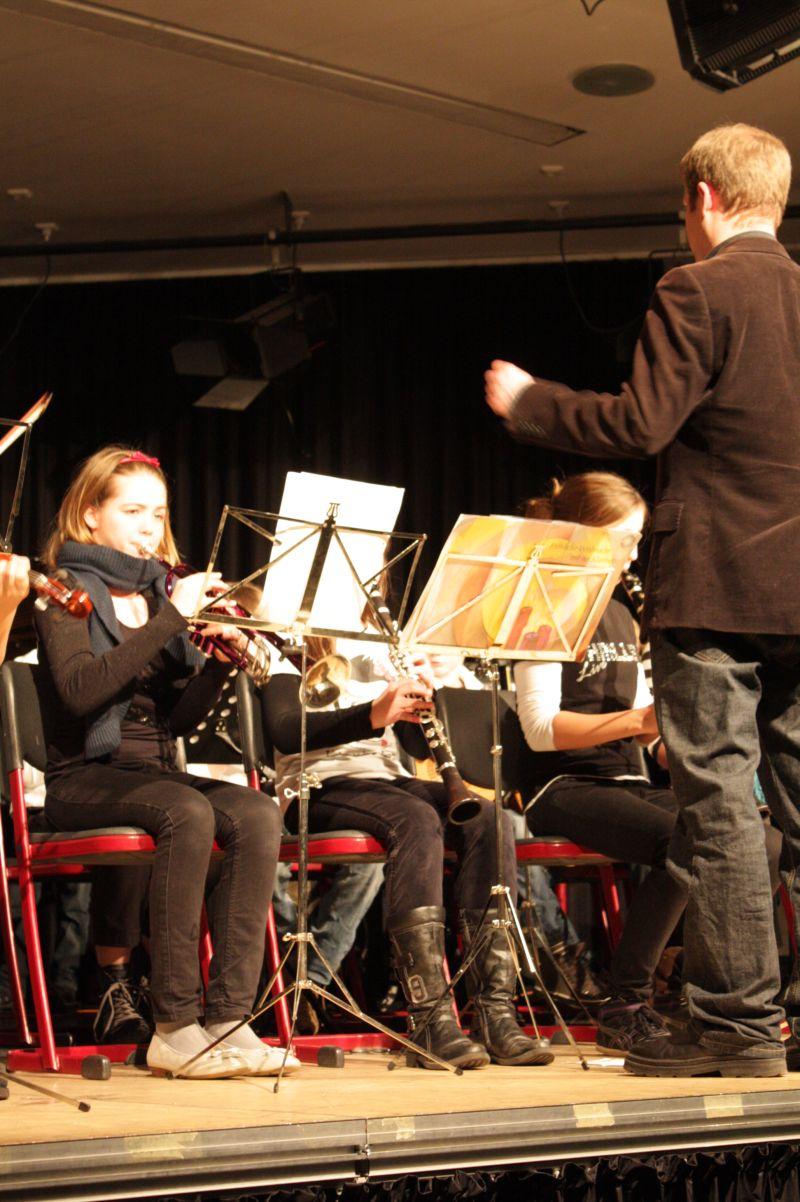 Auch Ebbertz' Kollege Michel Renneberg unterrichtet eine Musikklasse.
