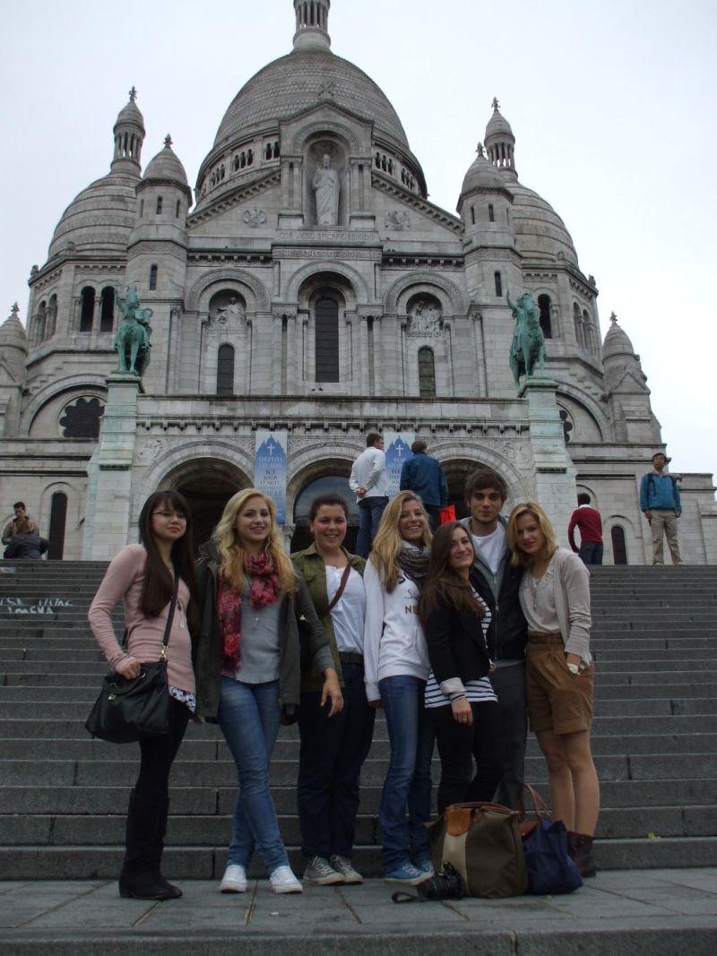 Diese Oberstufenschüler des Gymnasiums der Gemeinde Kreuzau unternahmen die wahrscheinlich längste Busfahrt unseres jüngsten Wandertags: Paris und zurück an einem Tag.