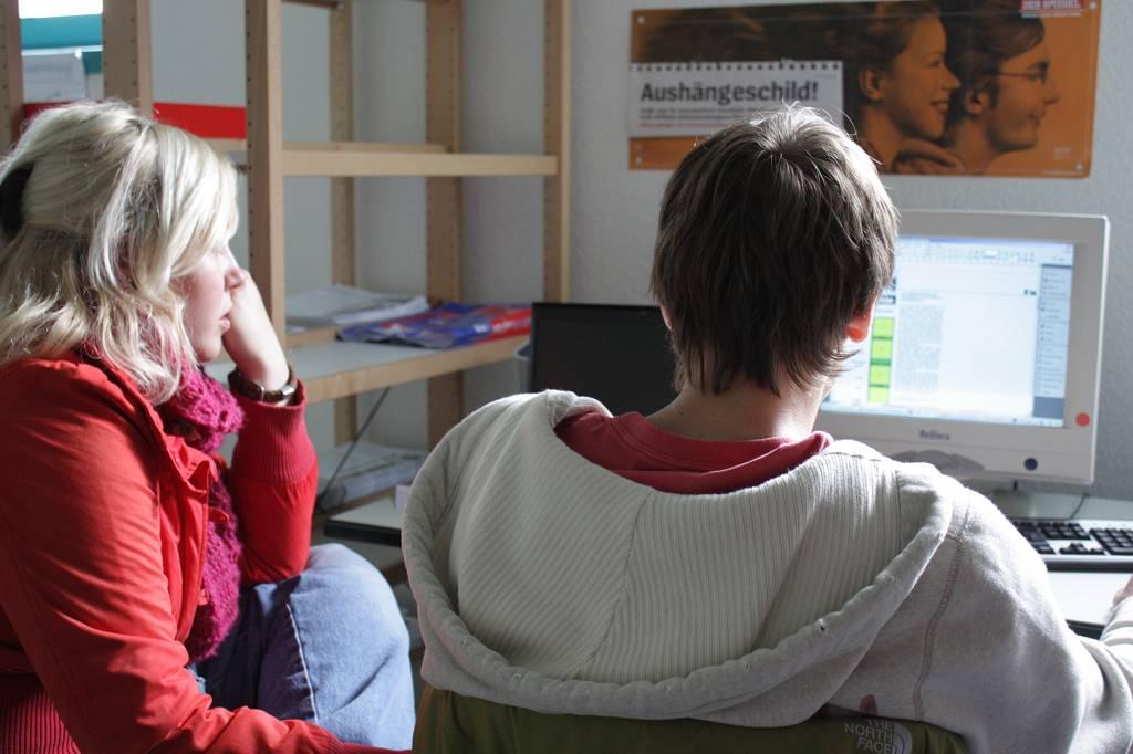 Früher traf sich die Schülerzeitungsredaktion in einem Raum in Bauabschnitt III. Heute finden die Treffen in Raum 117 oder 113 statt.