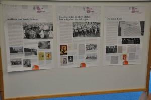 Stellwände mit Informationen zum Aufstand des 17. Juni 1953 laden die Besucher zum Nachlesen ein.