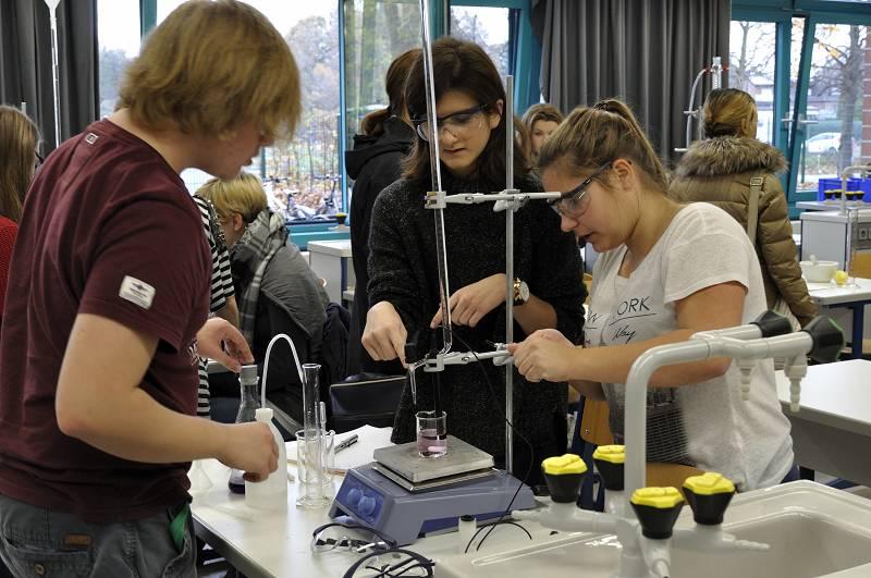 Zum ersten Mal fand ein Labortag in Kreuzau und nicht im Forschungszentrum Jülich statt.