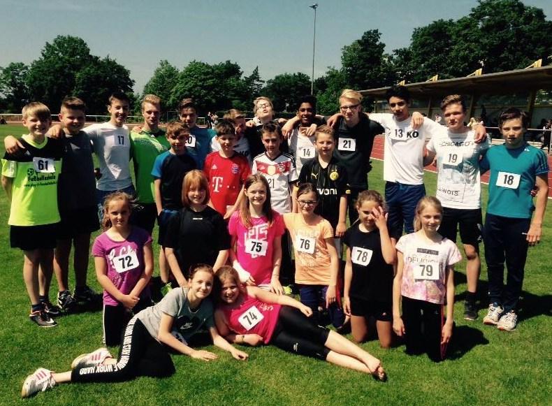 Mit großem Einsatz erkämpften sich die Kreuzauer Gymnasiasten fünf erste Plätze in den Einzel- und einen Mannschaftssieg in den Team-Wettbewerben.