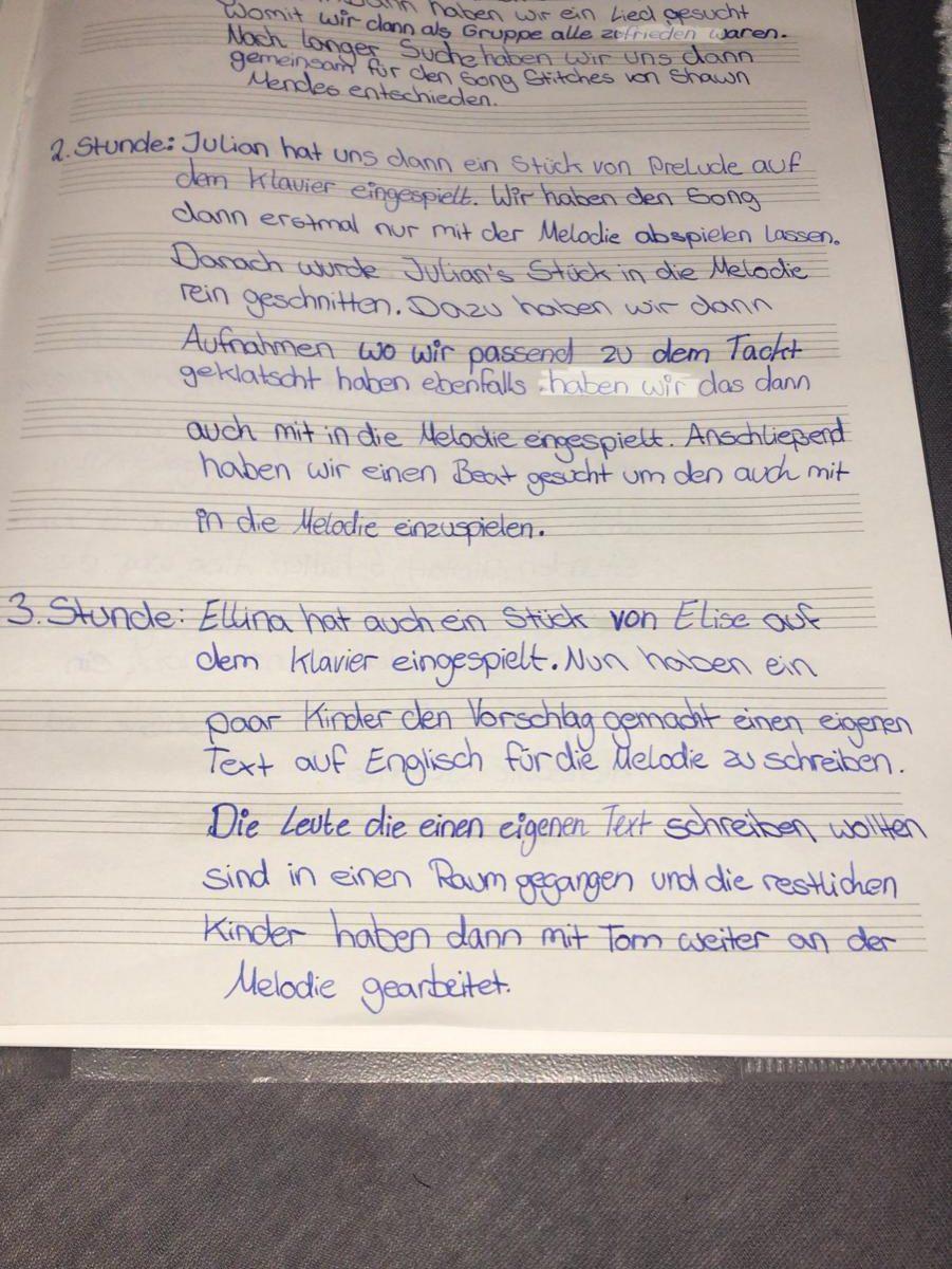Die Klasse 6c fügte unter anderem ein live eingespieltes Klavierstück einem Beat und einer weiteren Melodie-Spur hinzu.