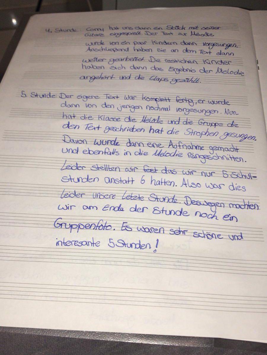 Die teilnehmenden Gruppen schrieben Tagebücher über den Fortschritt ihrer Musikproduktion.
