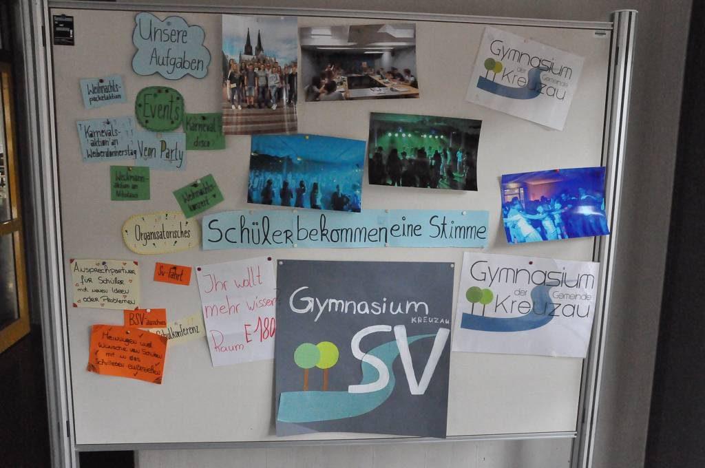 Die Schülervertretung präsentierte ihre Arbeit mit einer Stellwand.